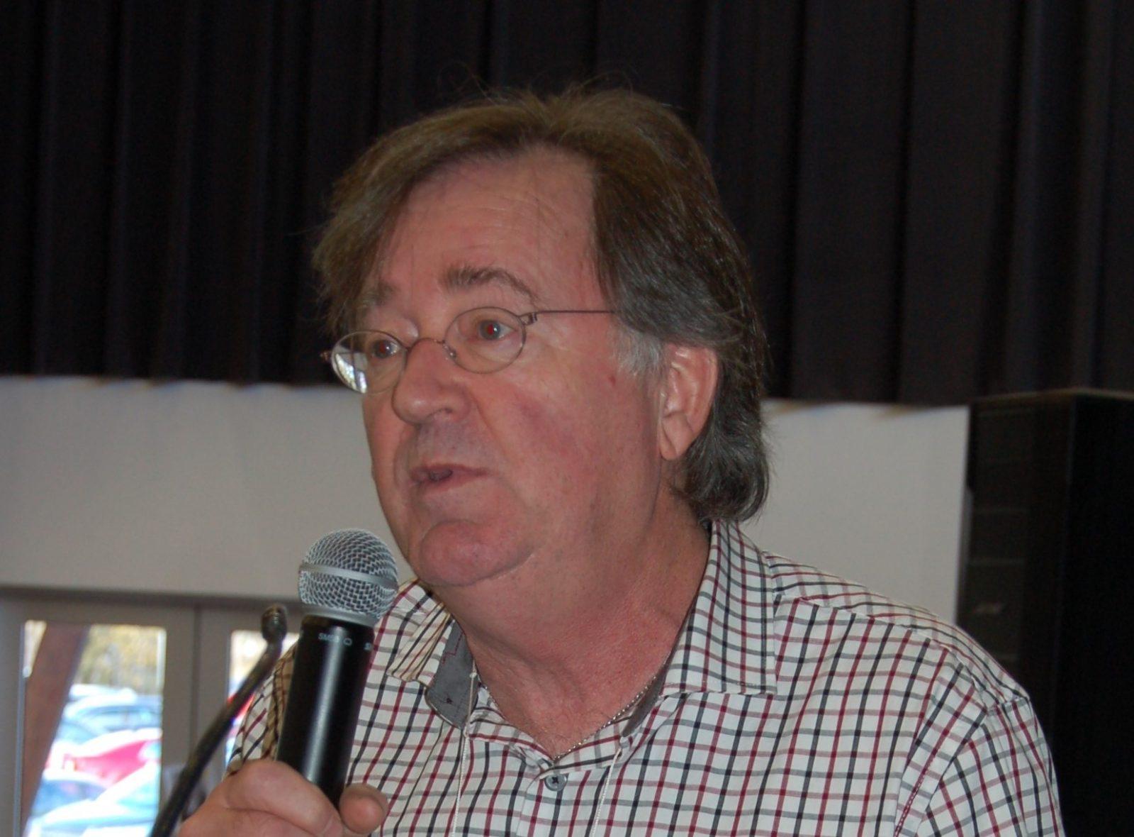 Salon du livre de la Côte-du-Sud: Gaston Deschênes fait la distinction entre roman et livre historiques