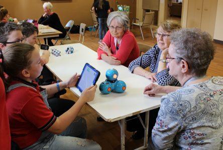 Rencontre intergénérationnelle: de la robotique à la résidence Mgr-Deschênes