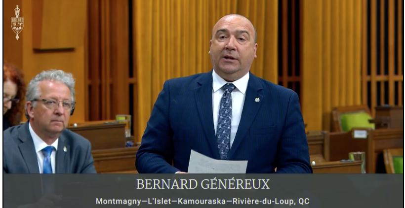Bernard Généreux souligne le travail des journalistes de sa région