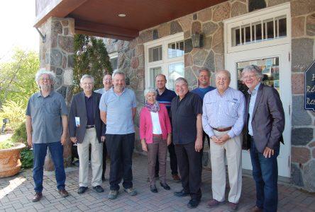 Dix citoyens investissent pour sauver l'Auberge du Faubourg