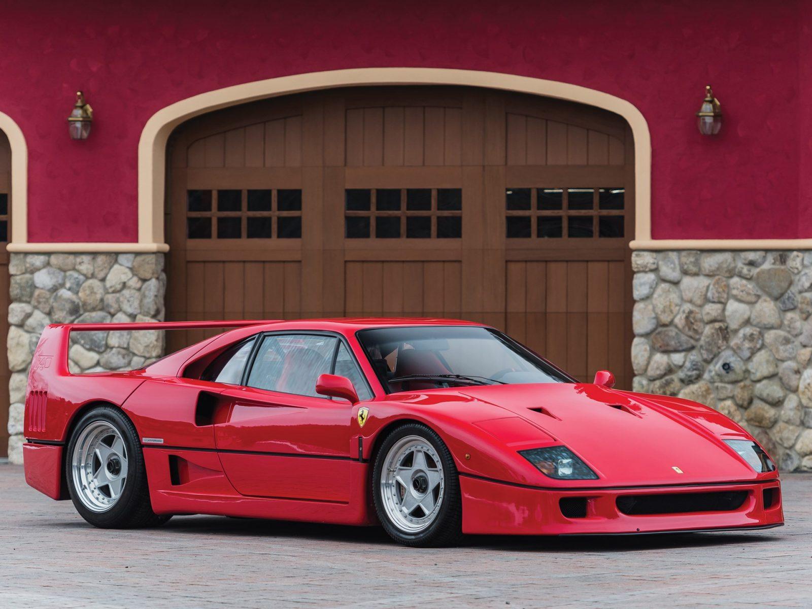 21 juillet 1987 – Ferrari dévoile la F-40