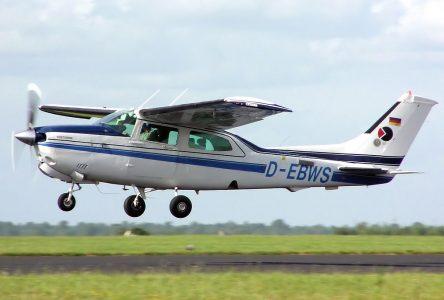 Atterrissage forcé sur la 20 à Saint-Jean-Port-Joli