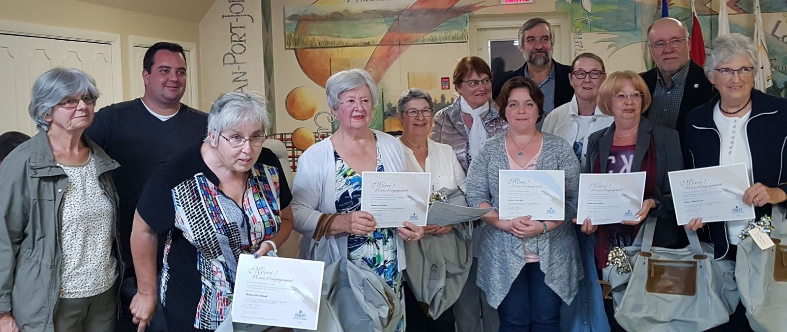 Bénévoles à la bibliothèque Marie-Bonenfant