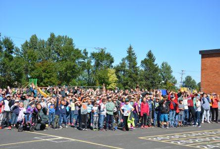 Une première en Chaudière-Appalaches: l'école Beaubien se dote d'une cour d'école adaptée