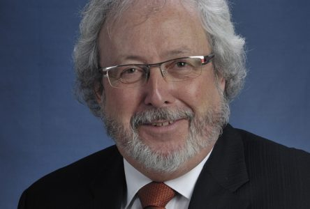 Jean-Guy Desrosiers a quitté son poste au bureau de la députée ministre Marie-Eve Proulx