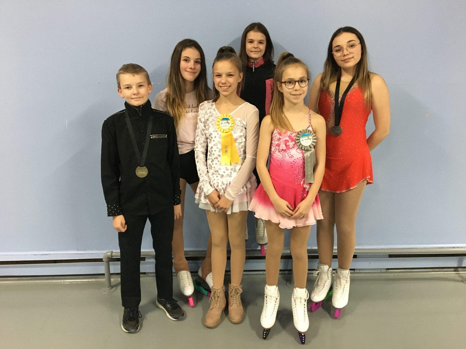 Six patineurs de Saint-Pamphile à l'Invitation Côte-Sud