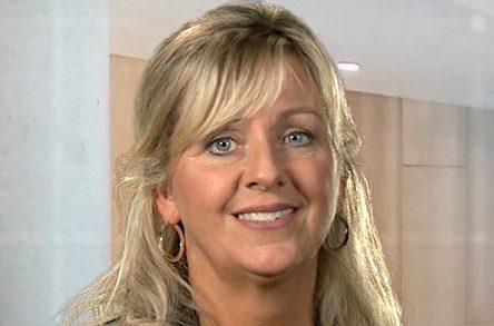 Centre des migrations: la ministre Laforest reçoit la plainte