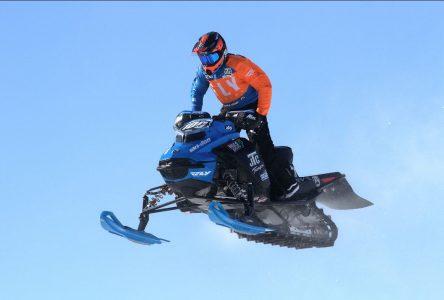 Une première dans la région: Berthier-sur-Mer accueille le championnat provincial de Snocross SCMX