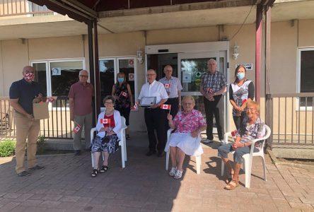 Bernard Généreux remercie le personnel et les résidents des résidences pour aînés
