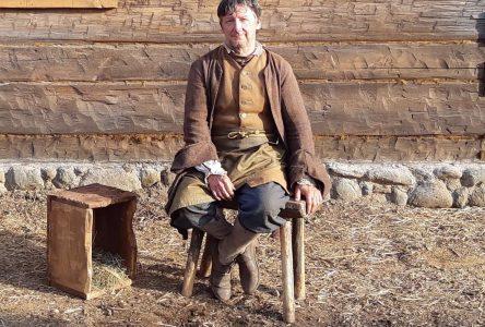 Un figurant d'ici dans la série historique Barkskins: Michel Belleau raconte son expérience