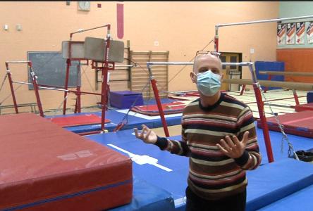 Visite guidée des équipements sportifs à Casault