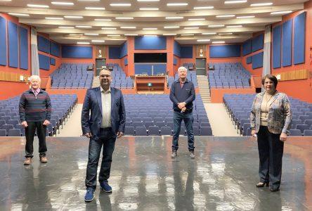 Les MRC de Montmagny et L'Islet appuient le projet d'agrandissement et de mise aux normes de la salle Edwin Bélanger
