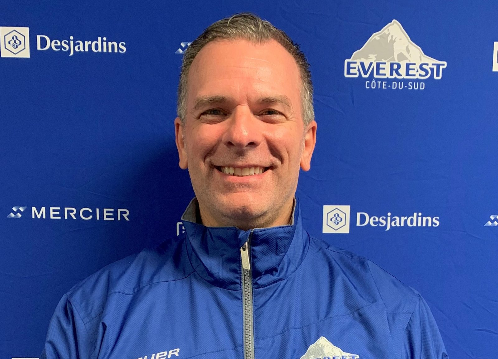 L'Everest confie ses opérations hockey à Stephan Comeau