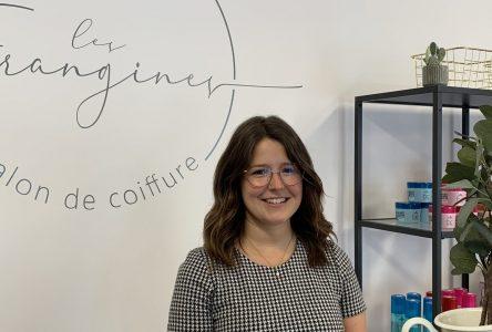 Les Frangines: Son propre salon de coiffure à 26 ans