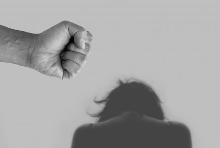 La violence conjugale est toujours présente