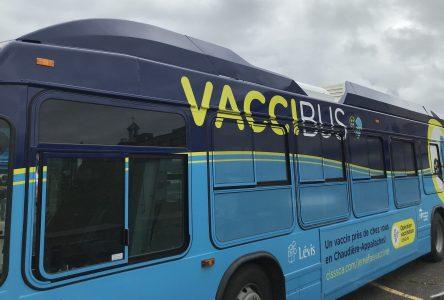 Vaccibus: 144 personnes vaccinées à Montmagny et 192 à Saint-Roch-des-Aulnaies