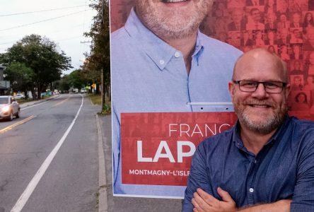 François Lapointe lance une ligne de téléphone pour les électeurs
