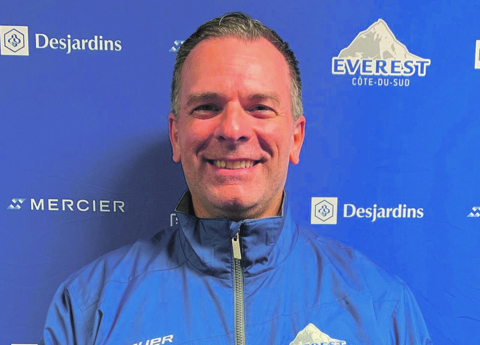 Mathis Paradis, du renfort en défensive pour L'Everest