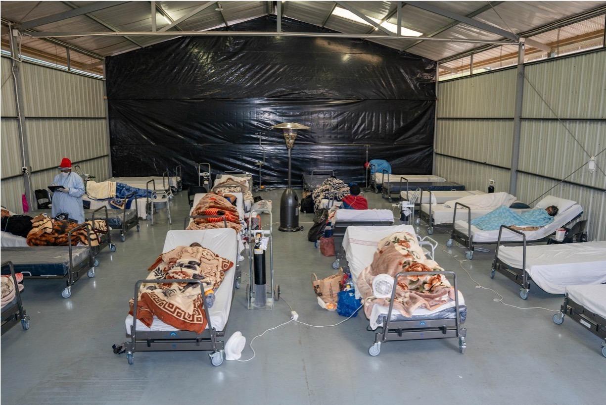 Umano Médical fait le don de 144 lits en Afrique